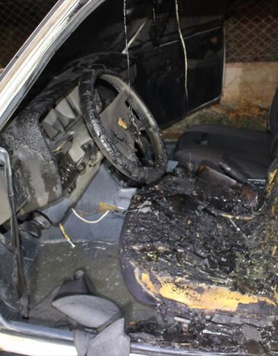 Tartıştığı babasının arabasını yaktı