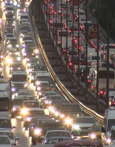 İstanbul trafiğinde son durum: Yüzde 80'e ulaştı