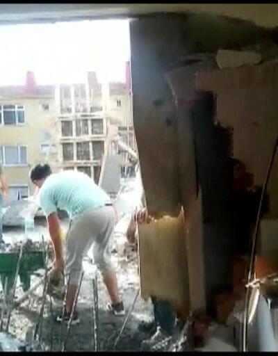 Evlerine beton doldu
