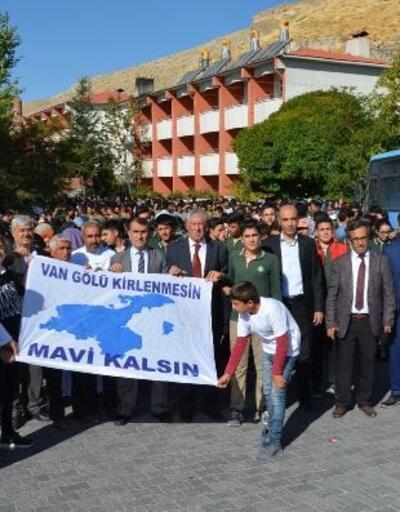 Adilcevaz'da 'Temiz Çevre, Temiz Gelecek' kampanyası
