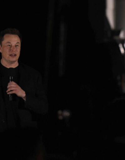 """Elon Musk, Ay'a ve Mars'a insan taşıyacak """"Starship""""i tanıttı"""