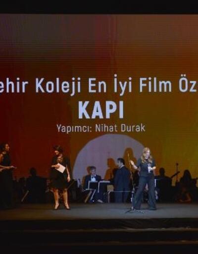 Altın Koza'da bu yıl 'Bahçeşehir Koleji En İyi Film Özel Ödülü' verildi