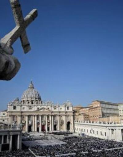 Vatikan, 'Papa Francesco şeytanın adamı' diyen derneğe kayyum atadı