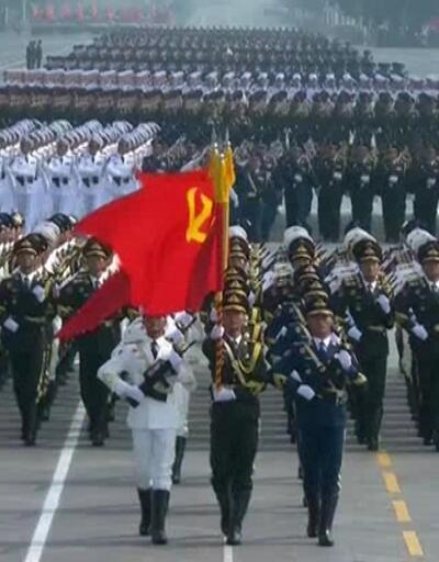 Çin ordusundan gövde gösterisi