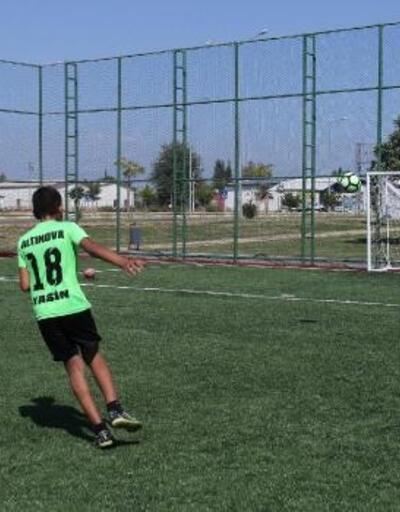 Altınova semt spor sahası açılıyor