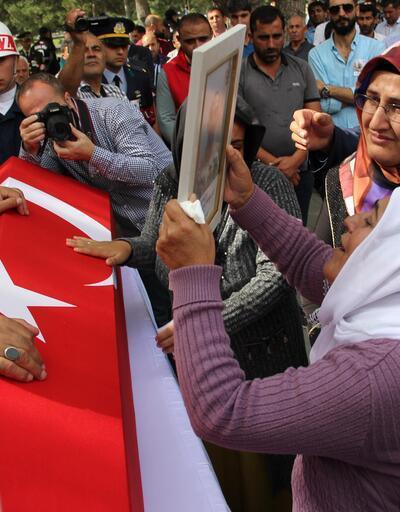 Şehit Erhan Gürbüz, son yolculuğuna uğurlandı