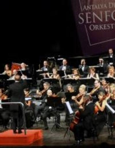 Senfonide keman konseri