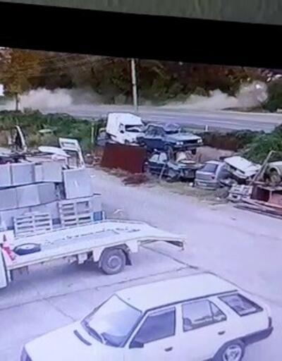 Liseli gencin kaza anı güvenlik kamerasında