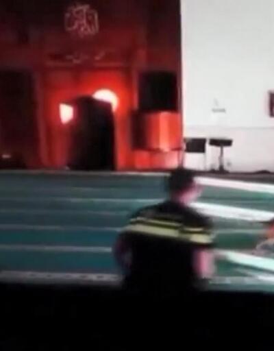 Hollanda'da skandal! Camiye 'köpekli baskın'