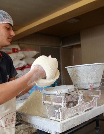 15 gün bayatlamadan kalıyor! Tarifi tutturulamayan ekmeğin ünü ilçe sınırlarını aştı