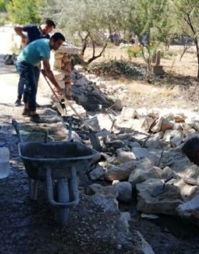 Korkuteli'de mezarlıklara bakım
