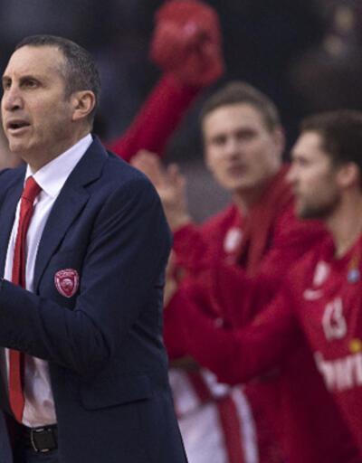 Blatt hastalığı nedeniyle Olympiakos'tan ayrıldı