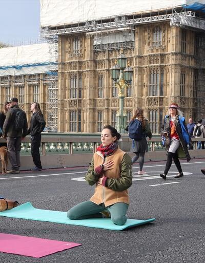 Yol ve köprüleri kapattılar: Londra'daki olaylarda 21 gözaltı