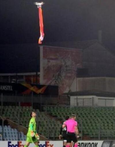 Futbol maçını drone ile bastılar