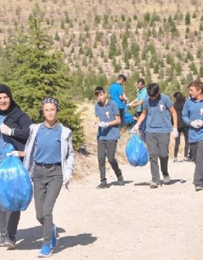 Niğde'de 385 öğrenci ile doğa temizliği