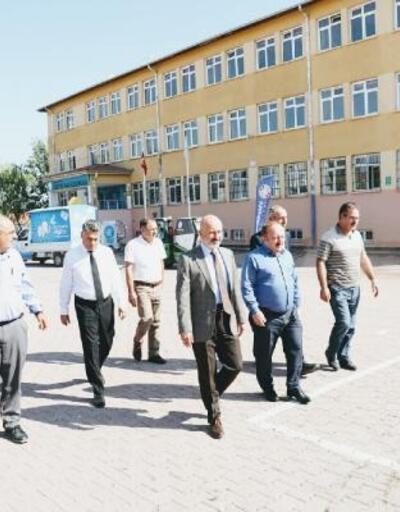 Kocasinan Belediyesi okulları temizliyor