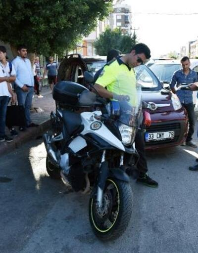 Zincirleme kazada trafik polisi yaralandı