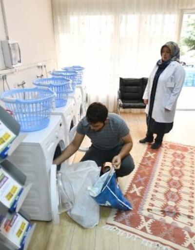 Başkentli öğrencilerin giysileri ücretsiz yıkanıyor ve ütüleniyor