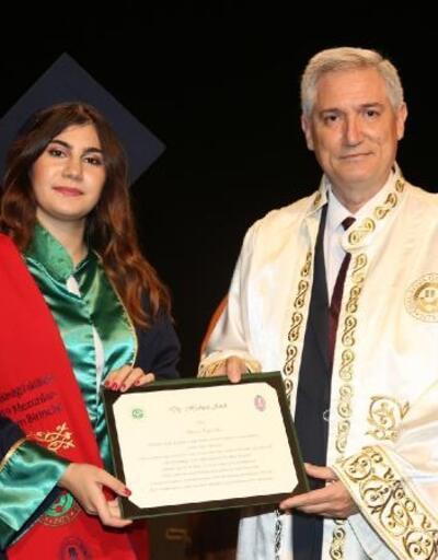 ÇÜ Diş Hekimliği Fakültesi yeni mezunlarını uğurladı