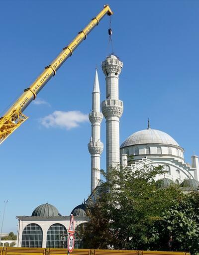 Avcılar'daki cami minaraesi sökülüyor
