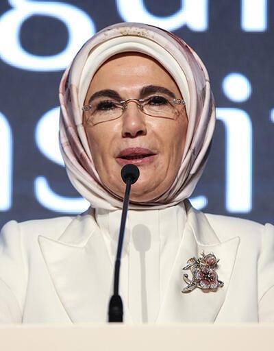 Emine Erdoğan'dan Barış Pınarı Harekatı mesajı