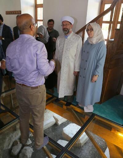 Diyanet İşleri Başkanı Erbaş'tan 3 bin 500 yıllık antik kente ziyaret