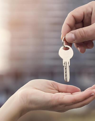 Boşanmada ev paylaşımı nasıl olur, oturulan ev kime kalır?