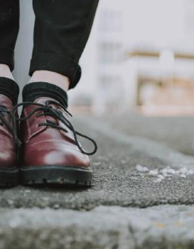 Sıkan ayakkabı ve takılara dikkat: Lenfödem belirtisi olabilir