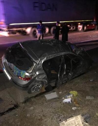 Kırıkkale'de, su kanalına devrilen otomobildeki 5 kişi yaralandı