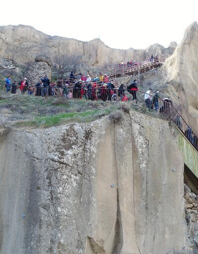 Dünyanın 2. büyük ve 394 basamaklı Ihlara Vadisi'ne ziyaretçi akını