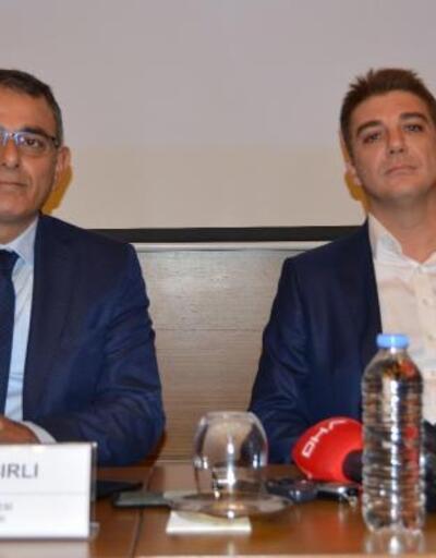 BAİB'den Akçakale'ye 2 bin 23 Türk bayrağı