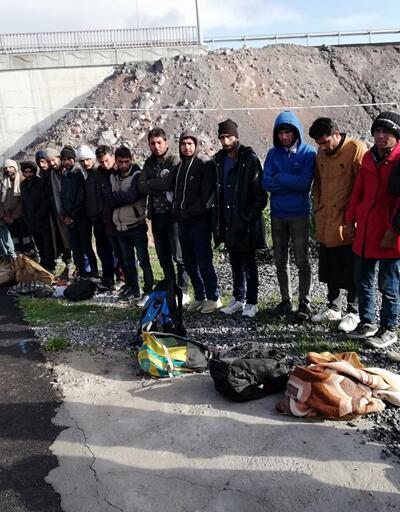 21 kaçak göçmen ve 1 organizatör yakalandı