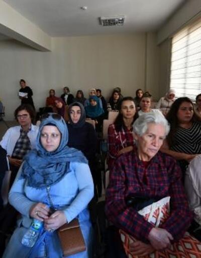 Kursiyerlere meme kanseri semineri