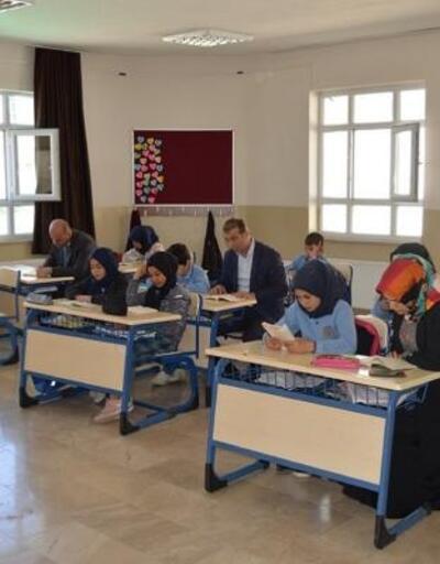 Gölova'da kitap okuma etkinliği