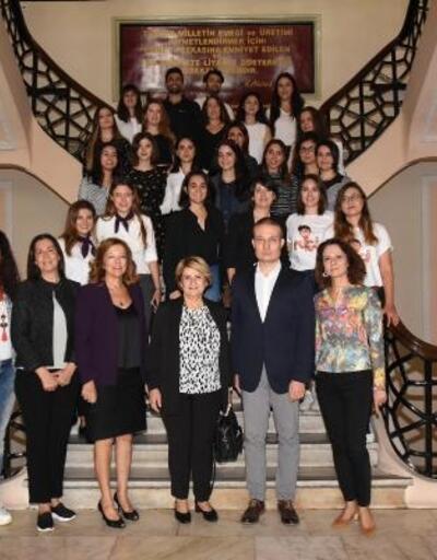 Kadın girişimciler yazılımcı adayı olacak