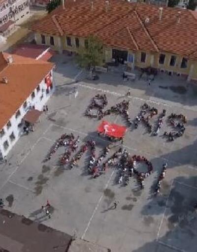 Öğrencilerden 'Barış Pınarı' koreografisi