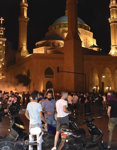 Lübnan'da hükümet karşıtı gösteriler büyüyor
