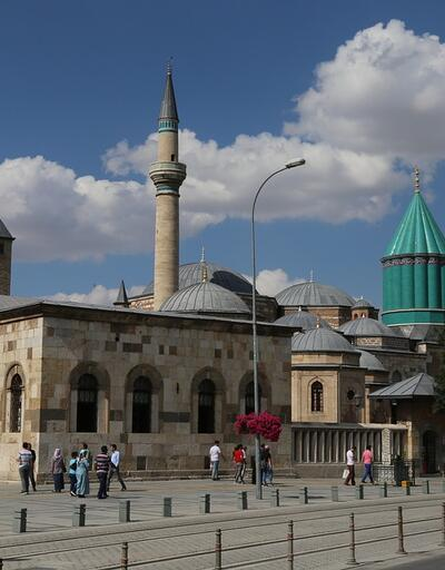 Konya Cuma namazı saati -18 Ekim: Konya Cuma saati kaçta?