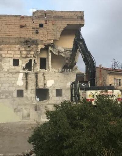 Nevşehir'de kullanılmayan binalar yıkılıyor