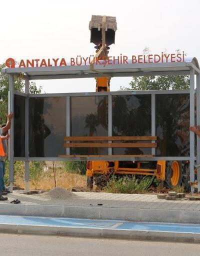 Finike'ye otobüs durağı