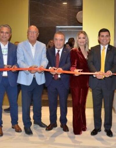 Yıldıran'ın yeni kliniği açıldı