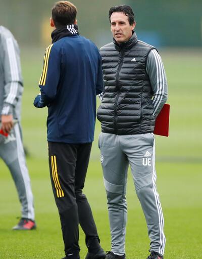 Mesut Özil ve Unai Emery antrenmanda tartıştı