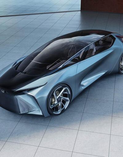 Lexus da Tokyo'da elektriklendi