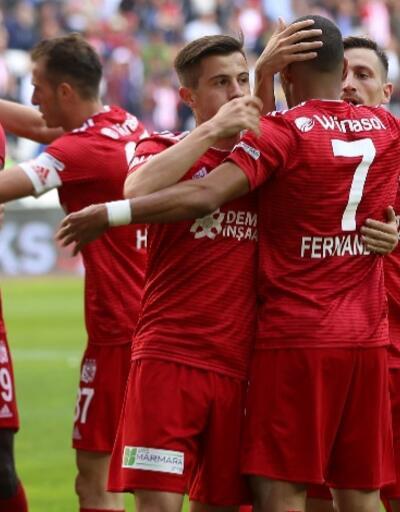 Sivasspor 2 golle kazandı