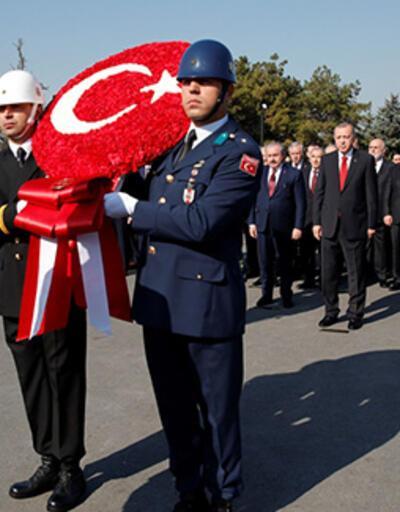 Cumhuriyet 96 yaşında... Devlet erkanı Anıtkabir'i ziyaret etti