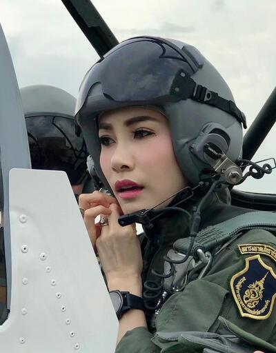 İlk kurbanı 'resmi metresi'ydi... Tayland sarayında kriz bitmiyor