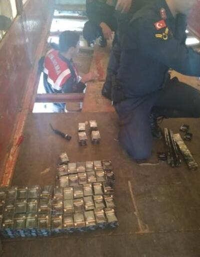 Karamürsel'de 2 bin 900 paket kaçak sigara ele geçirildi
