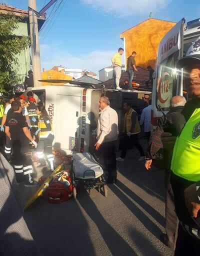 İşçi servis midibüsü devrildi: 1 ölü, 15 yaralı