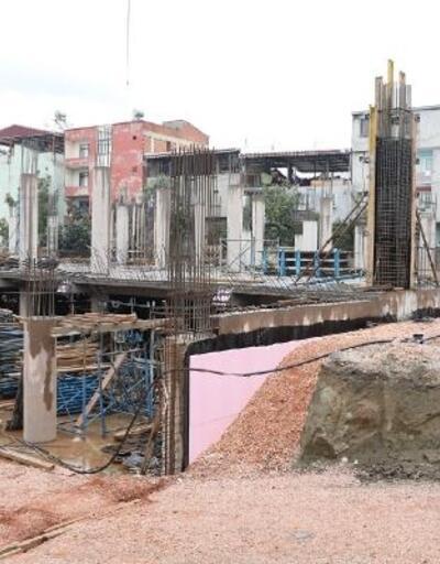 Gürsu'daki kapalı pazar yeri inşaatı devam ediyor