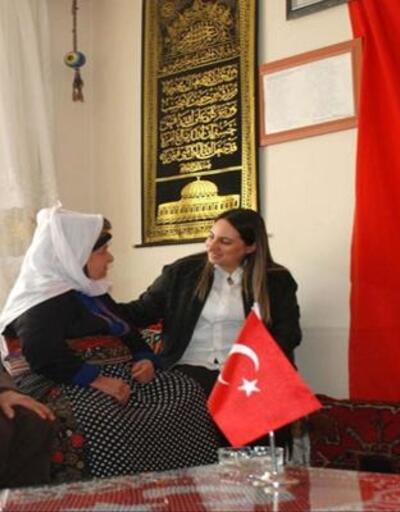 Yeşim Pekmez'den Çelikhan'daki şehit ailelerine ziyaret